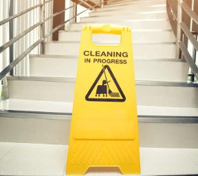 Suca Multi Diensten - Algemene schoonmaak - Trappenhuis